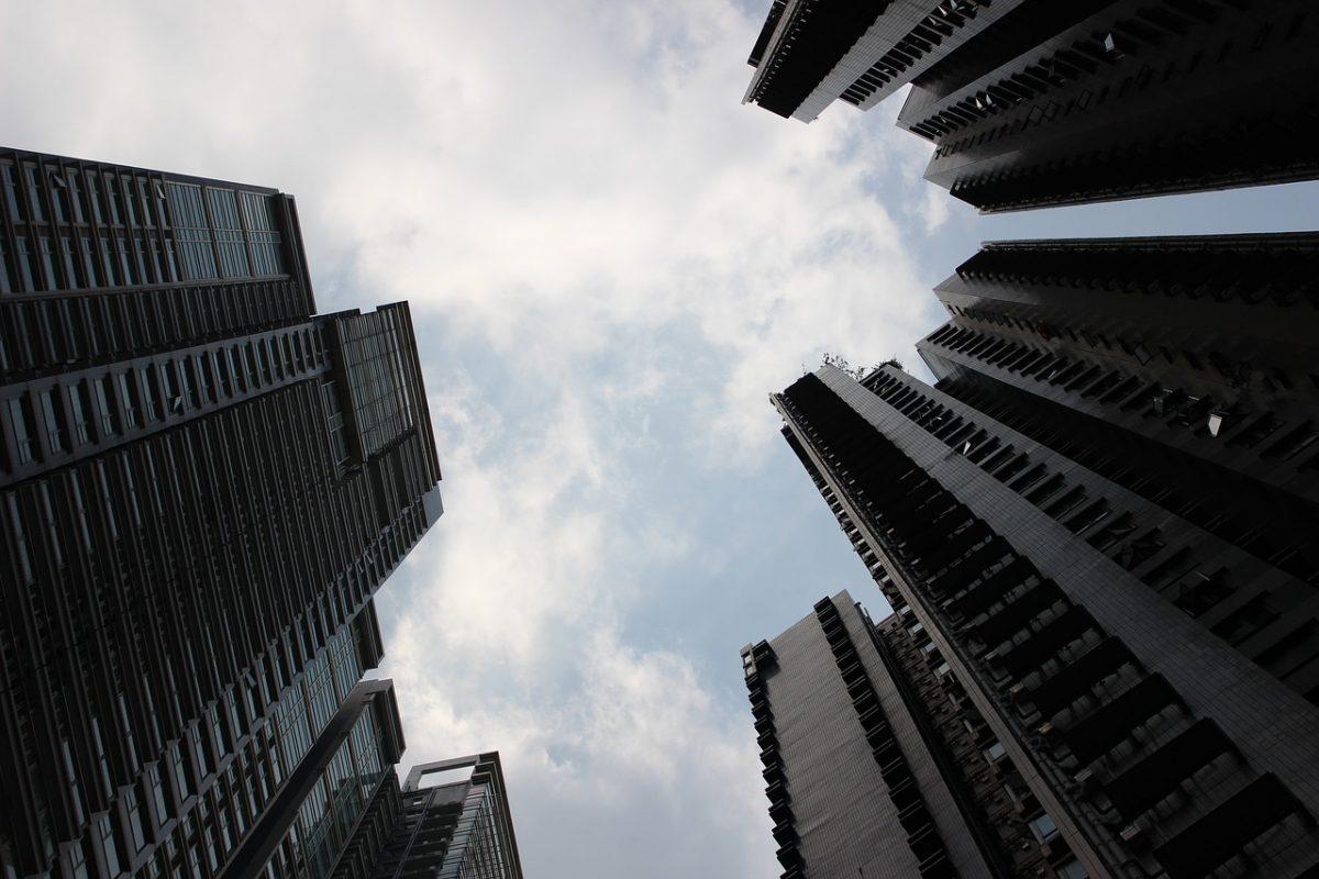 high-rise-building-2910536_1280-1200x800.jpg